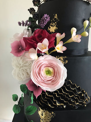 Close up black wedding cake 2.jpg