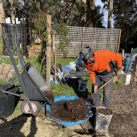 What's New With Farmer Pete: Composting Bioreactor
