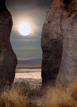 2bigrocks+moon- Marchmoon