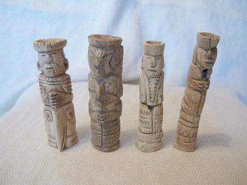 Figuras de hueso o piedra pre-colombinas