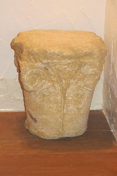 Capitel Jónico Romano s. II d.C.