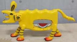2011-hyena--white-yellow-size--60x40-x20cm-painting-on-FRP--(2)