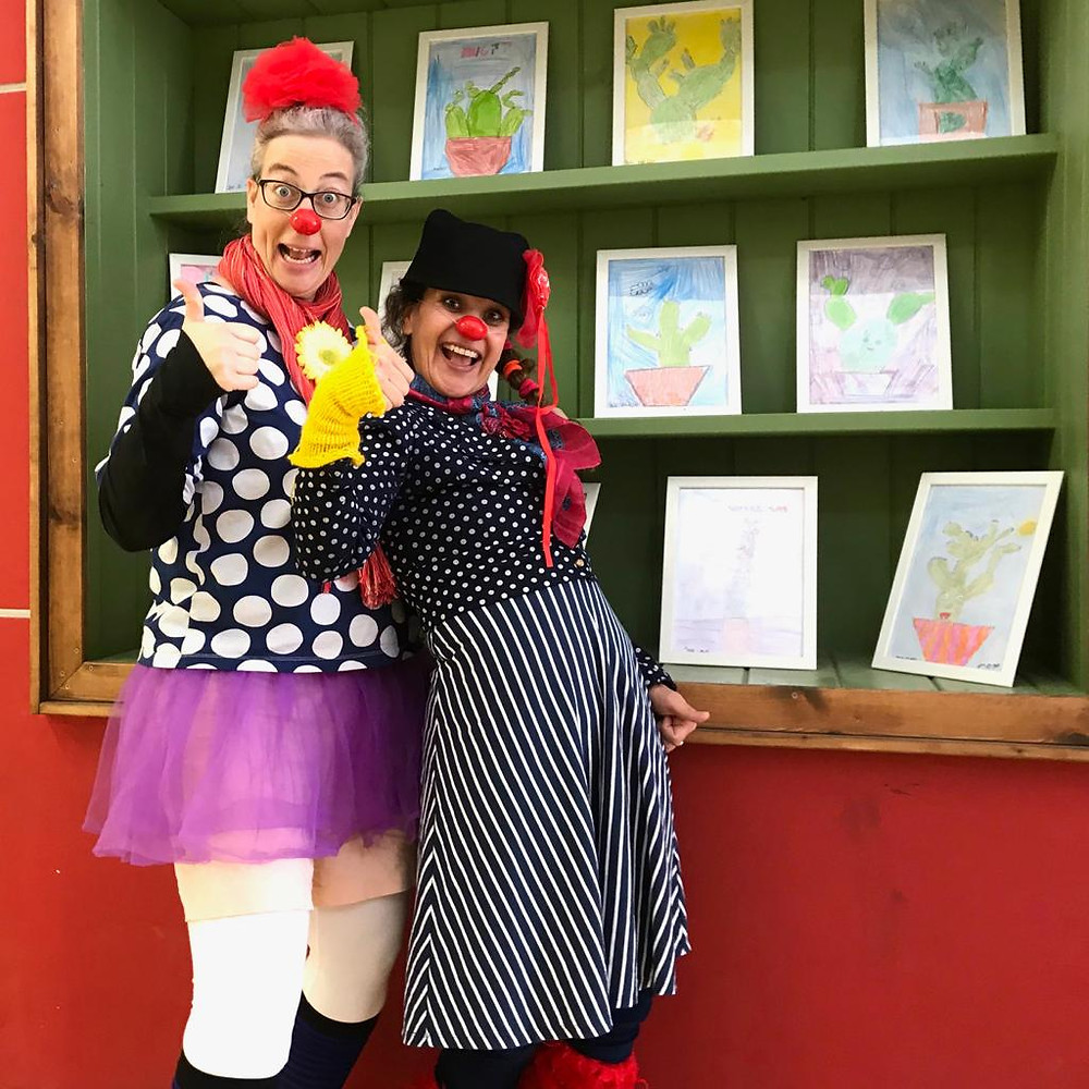Clowns Oshi and Leepa in elementary school. Dec. 2018