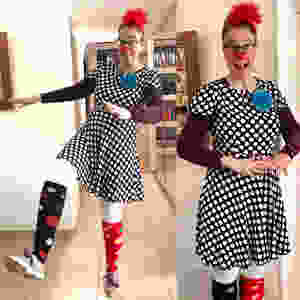 Oshi's clown fashion.