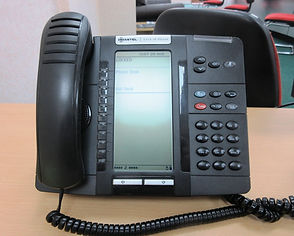 Telephone cleaning service for offices and businesses and schools