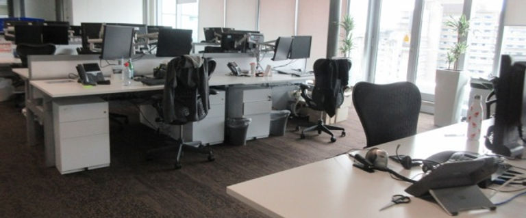 PC cleaning offices (3).JPG