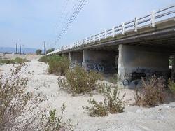 La Cadena Drive