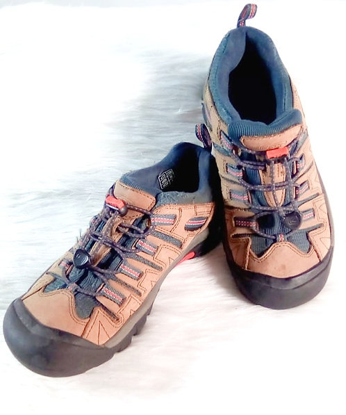 Zapato deportivo Keen