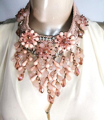 Collar Flores Artesanal