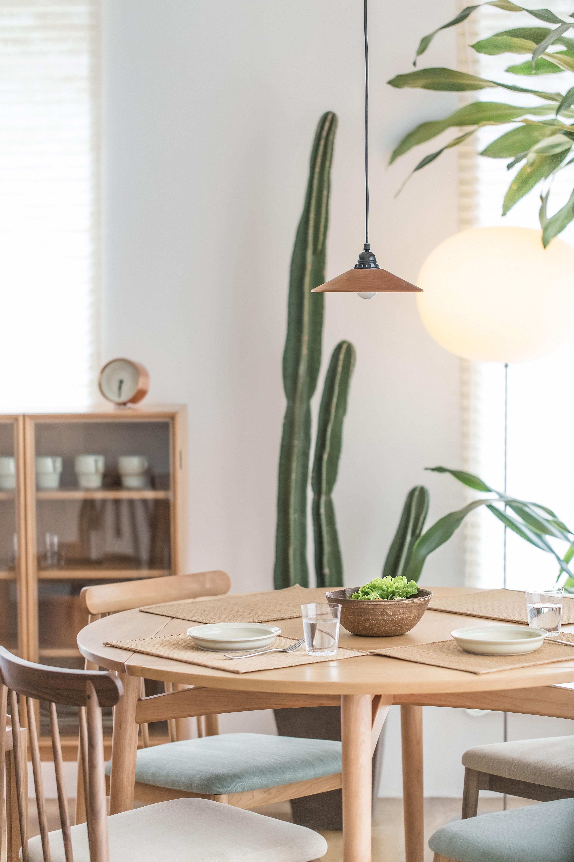 100007_Diningroom_Contemporary_Minimalis.jpg