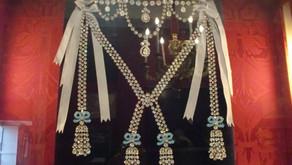 O caso do colar de diamantes