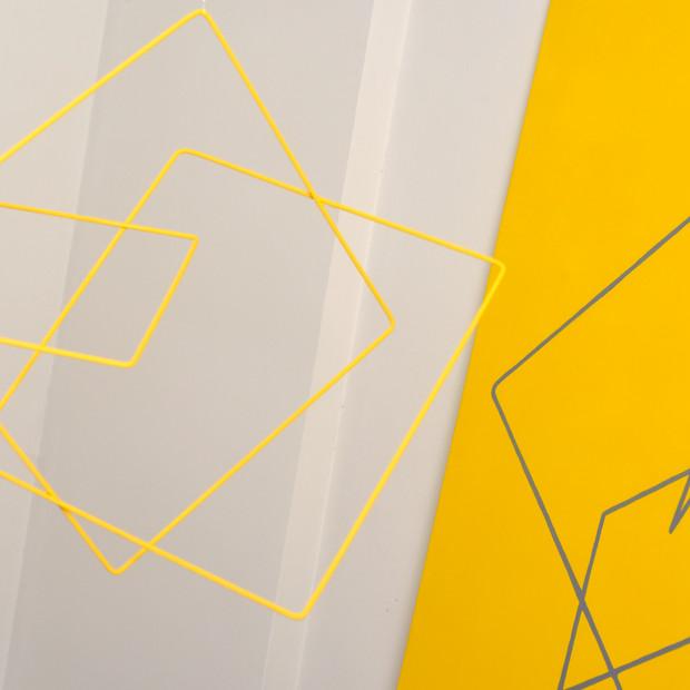 Geometría de lo incierto       ( Amarillo ), 2019 | Hierro y acrílico sobre Mdf | 80 x 100 x 70 cm.