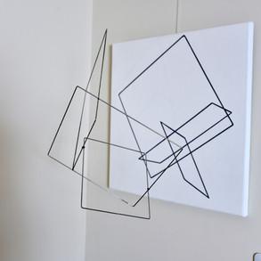 Geometría de lo incierto        (Blanco), 2018   Aluminio y acrílico sobre canvas   60 x 60 x 50 cm.