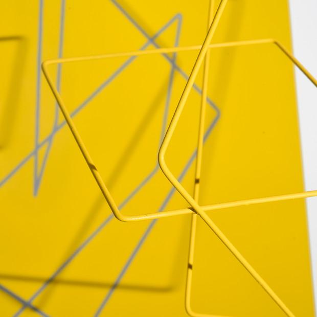Geometría de lo incierto          (Amarillo), 2019 | Hierro y acrílico sobre Mdf | 80 x 100 x 70 cm.