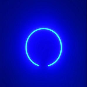 Discromatopsias (azul) | 2020 Pintura acrílica sobre MDF, corte láser y manguera flexible LED 220 v | 100 x 80 x 4 cm.