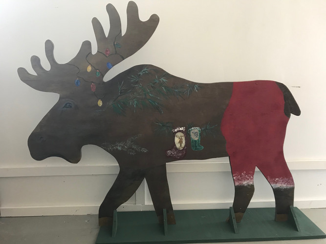 Lorraine Bassett one-sided moose.jpg