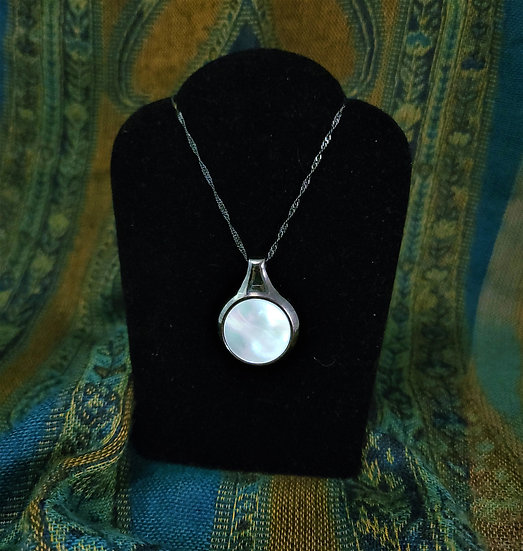 White Mother of Peark Necklace