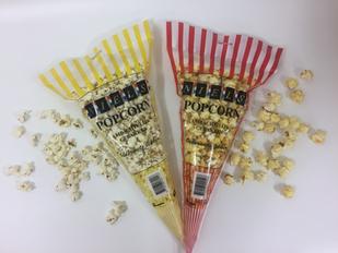 popcorn in vrolijke zak