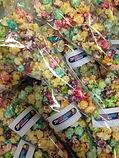 gekleurde popcorn zakje