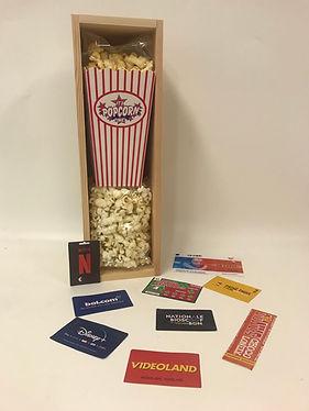 wijnkistje met popcorn