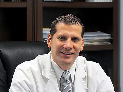 Doctor Yerald Peraza