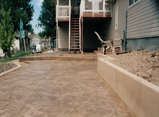 concrete wall for landscaping