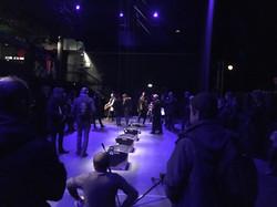Pendulum Music de Steve Reich 2016