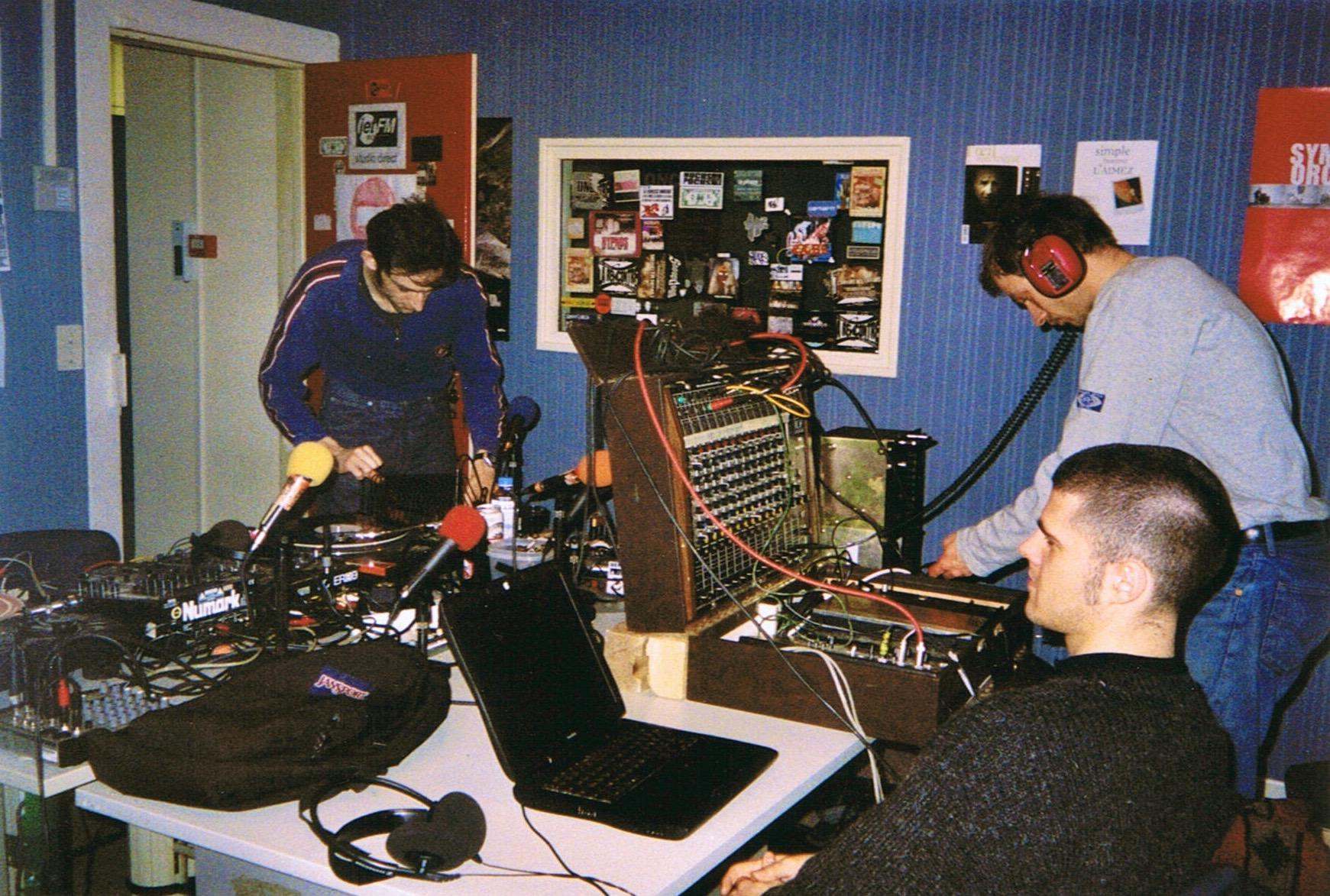 julien + digital live radio session