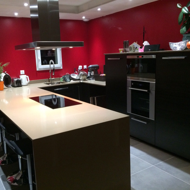 IMG_1696-cuisine-moderne-rouge-noir-hps-