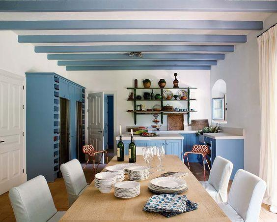 Plafond-poutres-couleur-entreprise-peint