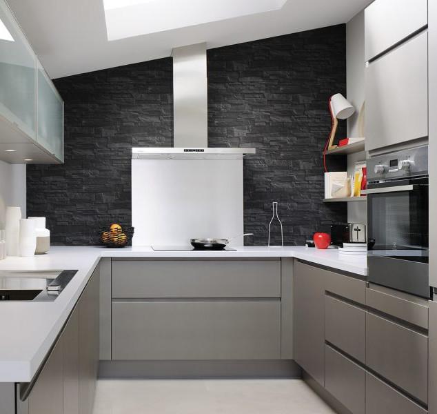 cuisine-moderne-pierre-laque-cuisinella-