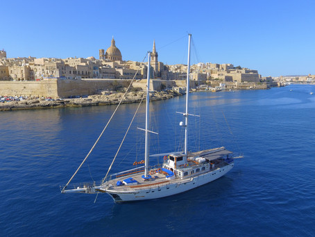 Introducing Hera Cruises and an exclusive offer for followers of Mimosa Mermaid.