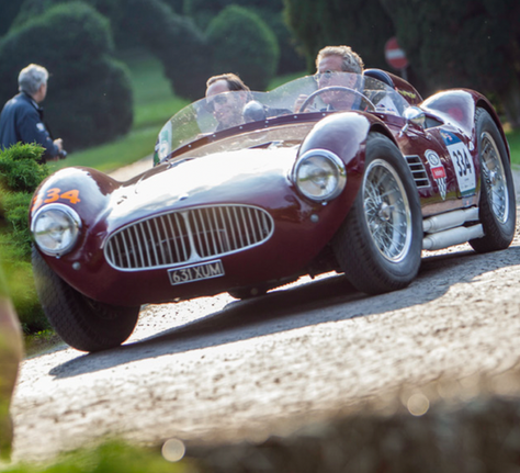 Gražiausios lenktynės pasaulyje!, Žmonės Magazine