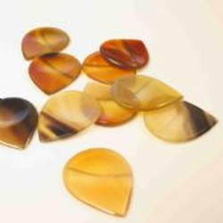groove-tones-clear-horn-1-guitar-pick-[3