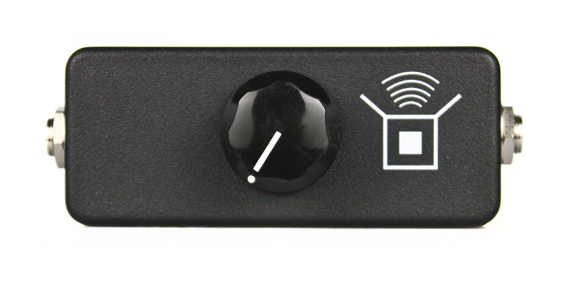 JHS-Pedals-Little-Black-Amp-Box-top