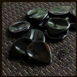 Groove-Tones-Black-Horn-1-Guitar-Pick-[4