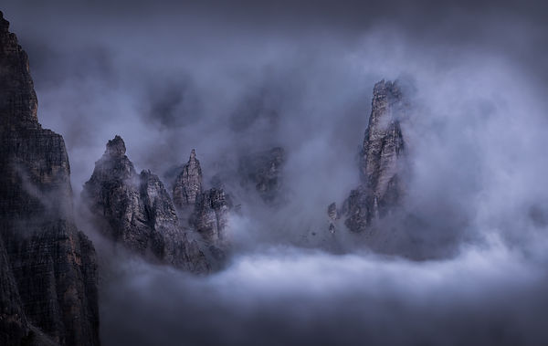 smoking-mountains-WEB.jpg