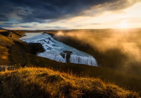 Golden waterfall/2
