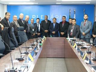 Condutores de ambulância querem regulamentação da profissão - Presidente do SIMCAERJ estava presente