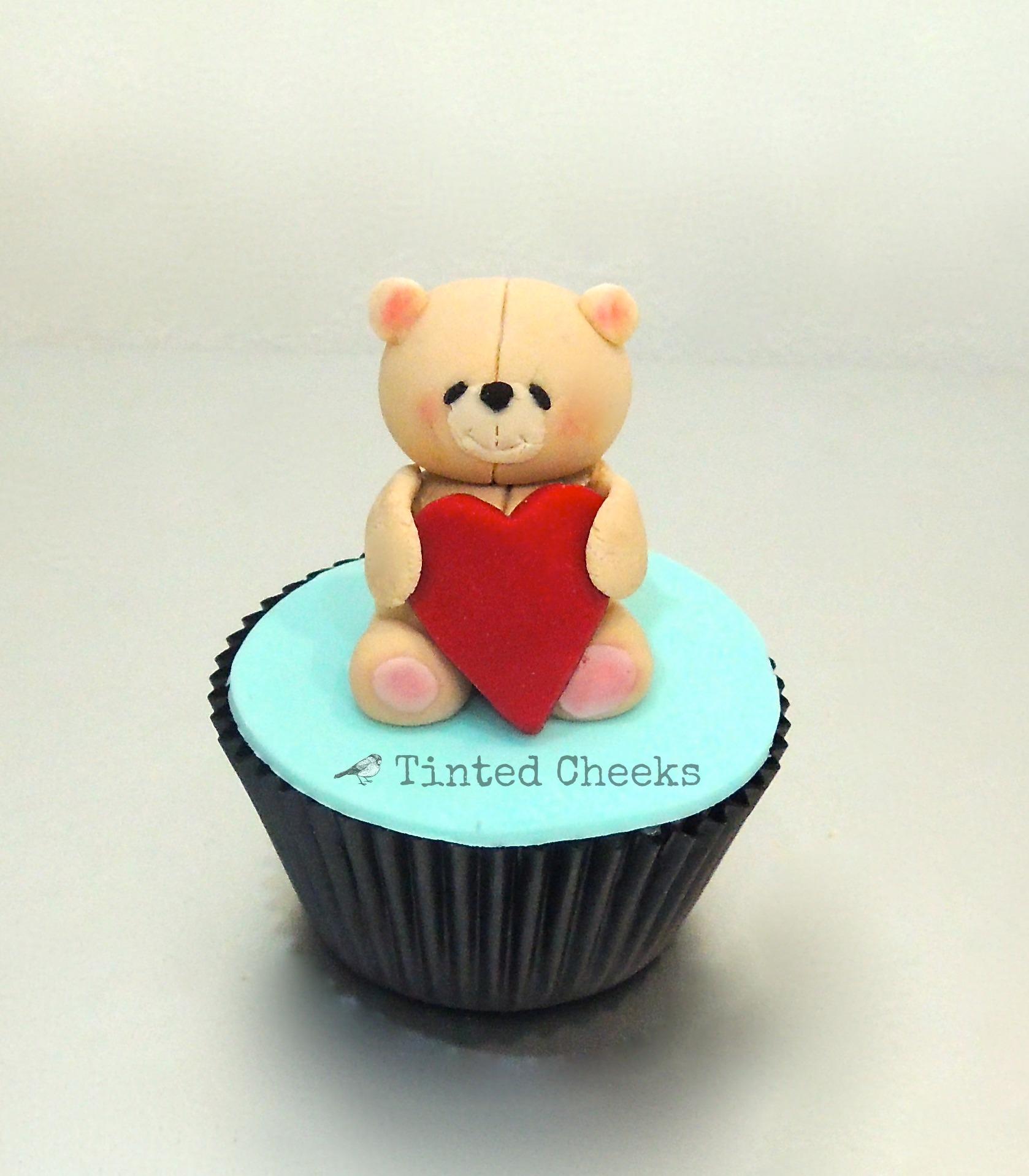Forever Friends Heart Cupcake.jpg