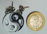 Aros de acero yin yang ... $ 7.500 ... WSP +56987544855