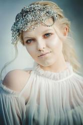 Winter young bride V V Raven styling