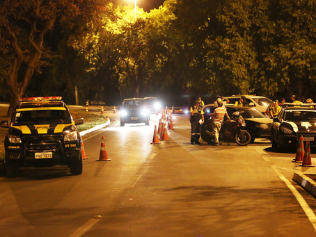 23 motoristas que dirigiam bêbados foram multados durante operação realizada na noite dessa quarta