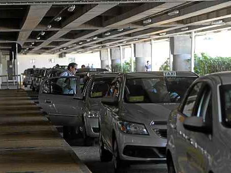 1162 motoristas foram multados pelo Detran no aeroporto, desde o início do videomonitoramento
