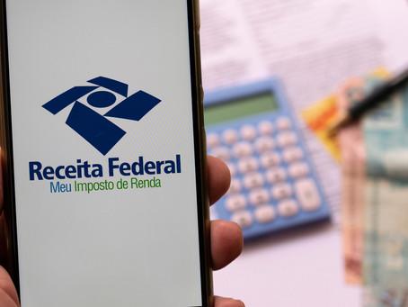 A Receita Federal adiou para o dia 31/05 o prazo para envio da declaração do imposto de renda