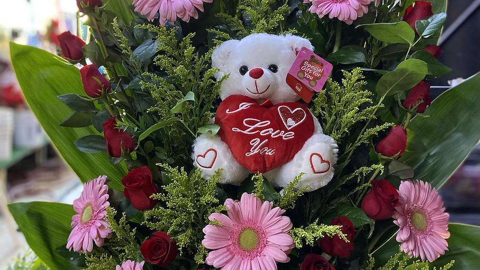 You own my heart - roses arrangement with teddy bear