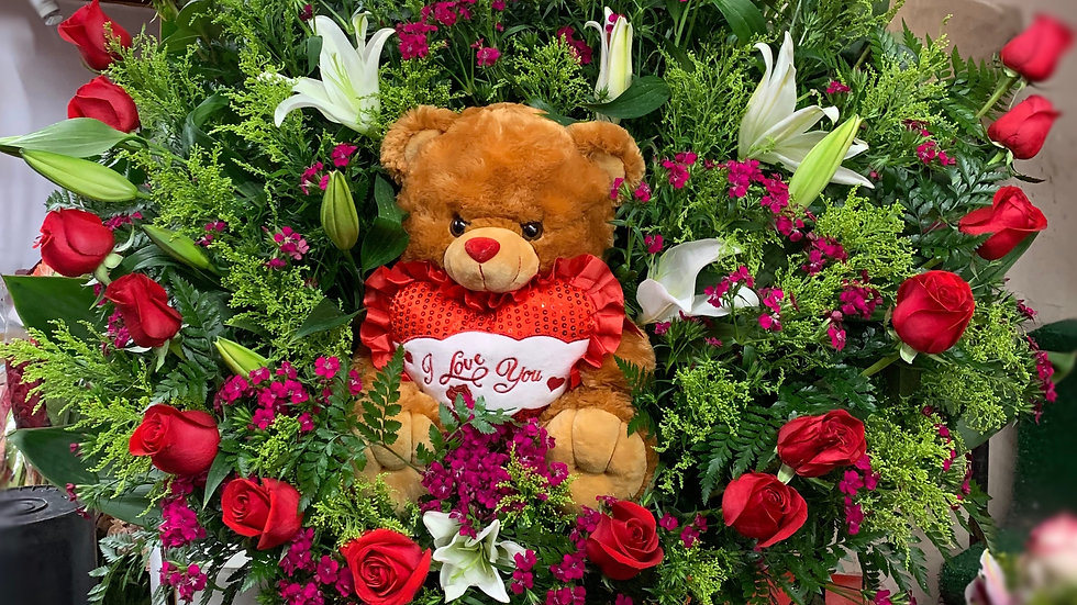Rose heart with teddy bear