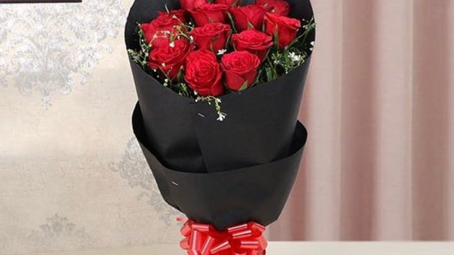 3 dz roses with baby's breath black wrapping paper