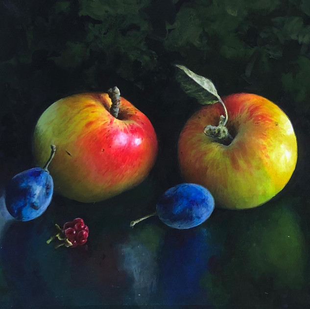 APPLES WITH DAMSONS