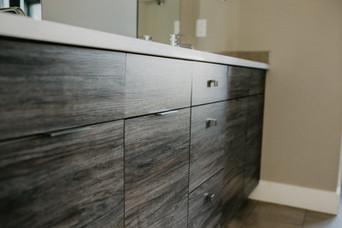 Woodgrain Modern Cabintes